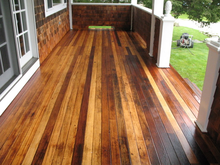 Deck Staining and Restorations