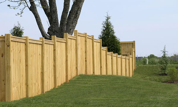 Fence Painting and Staining in Massachusetts and Rhode Island.