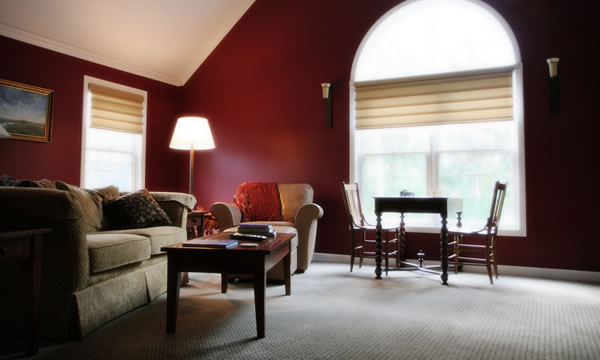 How much does it cost to paint a room bristol county for Cost to paint a house interior